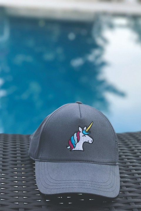Isquare Hats Unicorn Şapka