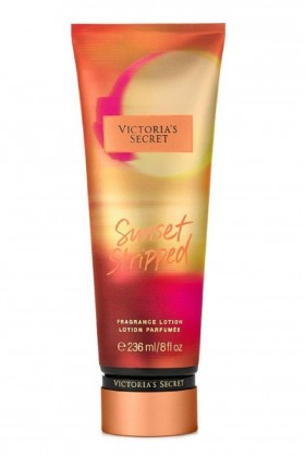 Victoria's Secret - Victoria's Secret Sunset Stripped Vücut Losyonu 236 ml